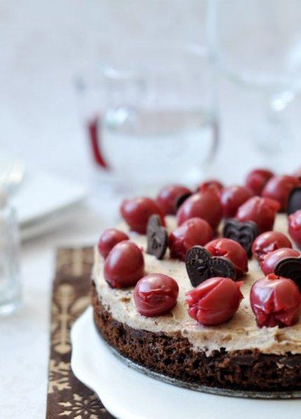 gesztenyes csokitorta meggyel