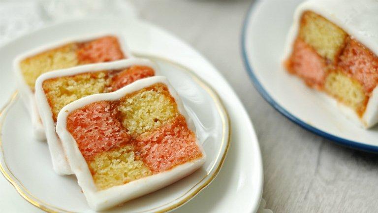Gyönyörű és finom: így készül a Battenberg-sütemény